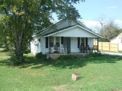 Marshall County Single Family Home For Sale: 644 2nd Ave N
