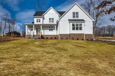 Burns TN Single Family Home Under Contract - Showing: $429,900