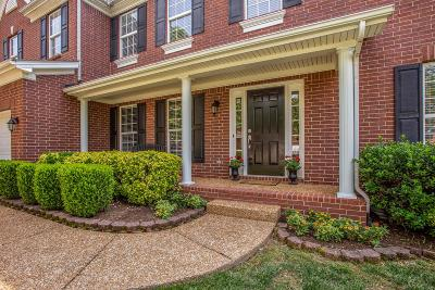Franklin Single Family Home Under Contract - Showing: 1302 Citadel Ct
