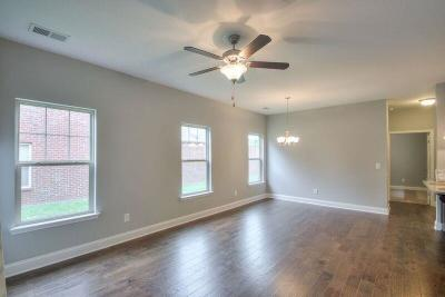 Gallatin Single Family Home For Sale: 157 Winslow Court Lot 102