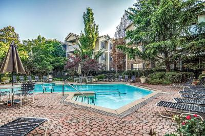 Condo/Townhouse For Sale: 2025 Woodmont Blvd Apt 330