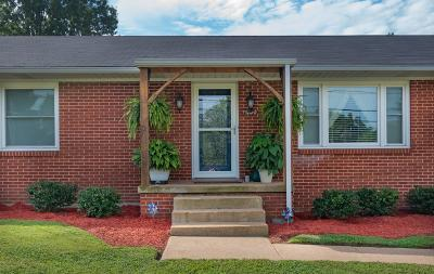 Sumner County Single Family Home For Sale: 101 Old Westmoreland Rd