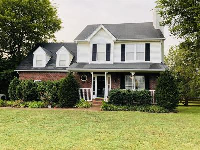 Thompson's Station, Thompsons Station Single Family Home For Sale: 2820 Bloomfield Dr