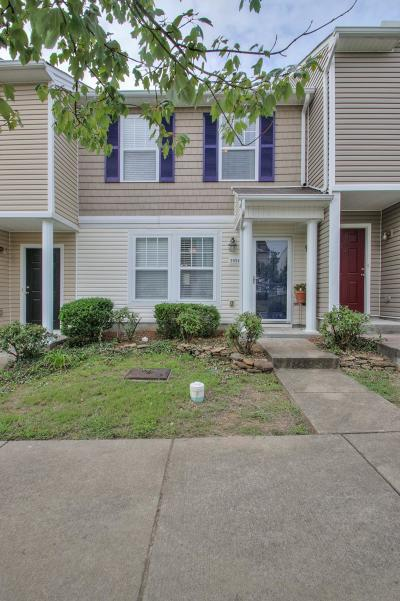 Davidson County Condo/Townhouse For Sale: 5954 Monroe Xing