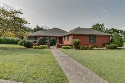 Old Hickory Single Family Home For Sale: 212 Ashawn Blvd