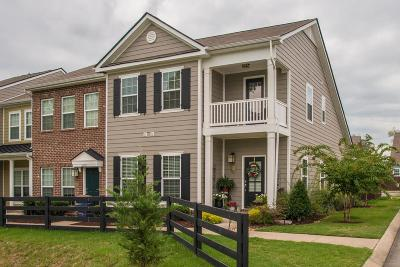Spring Hill  Condo/Townhouse For Sale: 6001 Dupont Cove #L21