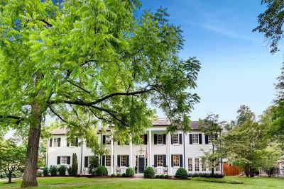 Nashville Single Family Home For Sale: 3517 Woodmont Blvd