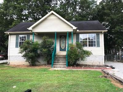 Lavergne Single Family Home Under Contract - Showing: 207 N Natchez Ct.