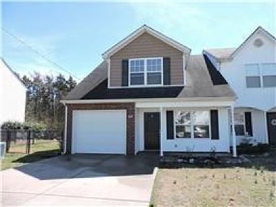 Smyrna, Lascassas Single Family Home Under Contract - Showing: 614 McKean Drive