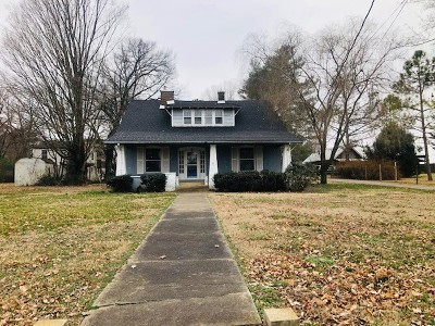 Single Family Home For Sale: 467 N Main Street
