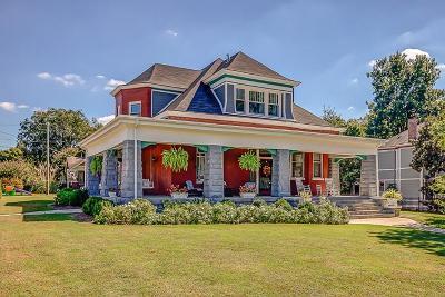 Nashville Single Family Home For Sale: 511 N 14th St