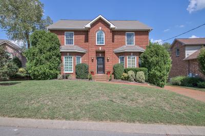 Nashville Single Family Home For Sale: 6756 Autumnwood Dr