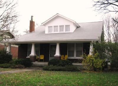 Single Family Home Under Contract - Showing: 1401 Sweetbriar Ave