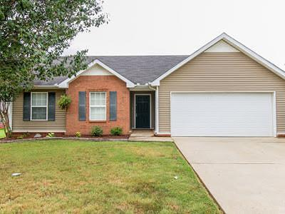 Murfreesboro Single Family Home For Sale: 1730 Saint Andrews Dr