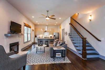 Nashville Single Family Home For Sale: 1406 B Holly St