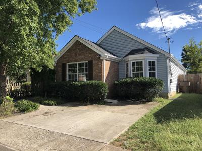Nashville Single Family Home For Sale: 703 Maple Pl