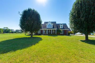 Arrington, Bell Buckle, Christiana, College Grove, Eagleville, Lascassas, Lavergne, Milton, Mount Juliet, Murfreesboro, Nolensville, Readyville, Rockvale, Shelbyville, Smyrna, Unionville Single Family Home For Sale: 4505 Barfield Crescent Rd