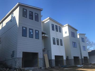 Single Family Home For Sale: 117 B Elmhurst Ave