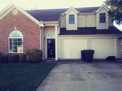 Madison Single Family Home Under Contract - Showing: 2025 Candlewood Drive