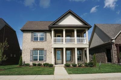 Gallatin Single Family Home For Sale: 1056 Paddock Park Cir 148