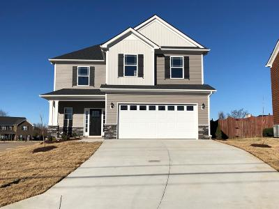 Spring Hill  Single Family Home For Sale: 1003 Longhunter Chase Dr.