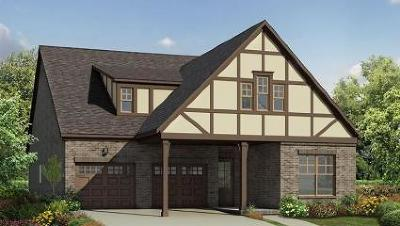 Hendersonville Single Family Home For Sale: 2070 Lingering Way