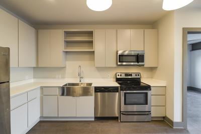 Condo/Townhouse Under Contract - Showing: 1260 Martin St Apt 213 #213