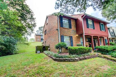 Nashville Condo/Townhouse For Sale: 5510 Country Dr Apt 97