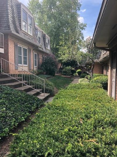 Nashville Condo/Townhouse For Sale: 3000 Hillsboro Pike Apt 89