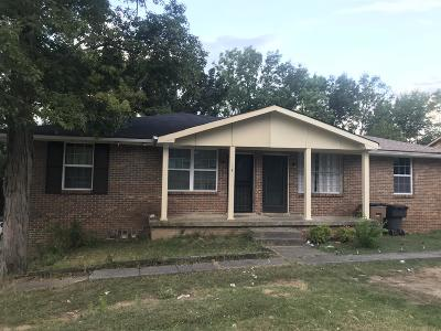 Nashville Single Family Home For Sale: 2907 E Anderson Rd
