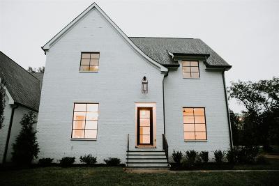 Nashville Single Family Home For Sale: 2468 Abbott Martin Rd