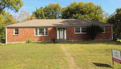 Nashville Single Family Home For Sale: 2402 Dennywood Drive