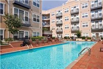 Condo/Townhouse For Sale: 3000 Vanderbilt Pl Apt 119 #119