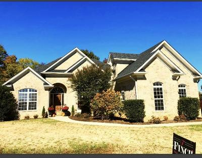 White House Single Family Home For Sale: 401 Bedrock Dr