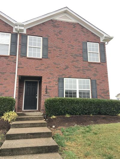 Smyrna, Lascassas Condo/Townhouse Under Contract - Showing: 122 Wolverine Ct