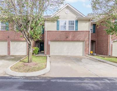 Smyrna Condo/Townhouse Under Contract - Not Showing: 417 Heath Pl #417