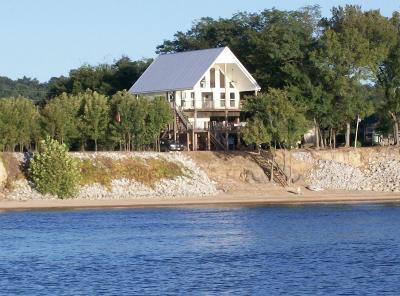 Linden Single Family Home For Sale: 739 Eagles Bnd