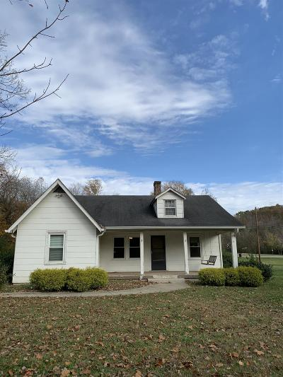 Goodlettsville Single Family Home For Sale: 2207 Springfield Hwy