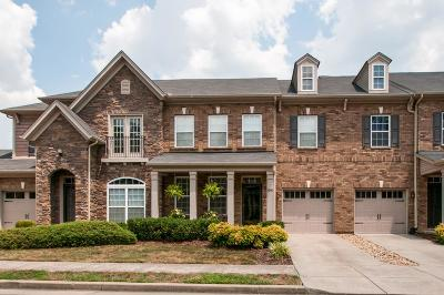 Nashville Condo/Townhouse For Sale: 2048 Traemoor Village Dr