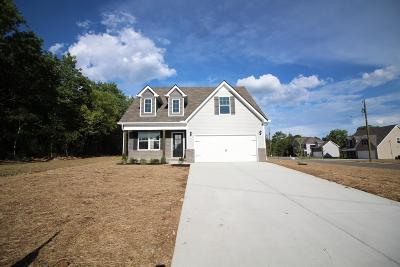 Lavergne Single Family Home For Sale: 204 Earline Jones Drive