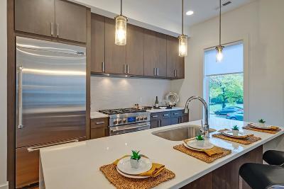 Nashville Single Family Home For Sale: 3104 B Wellington Ave