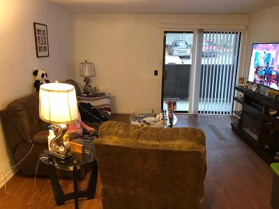 Davidson County Condo/Townhouse For Sale: 270 Tampa Dr Apt H8 #H8