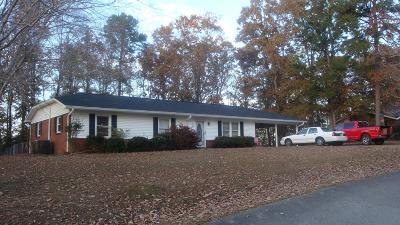 Waynesboro Single Family Home For Sale: 501 Joe Sevier Dr