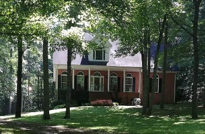 Robertson County Single Family Home Under Contract - Not Showing: 1550 Dickens Ln