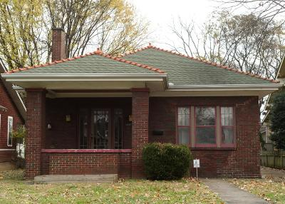 Single Family Home Under Contract - Not Showing: 2038 Elliott Ave