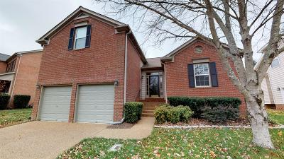 Franklin Single Family Home Under Contract - Showing: 2009 Glastonbury Dr