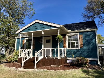 Madison Single Family Home Under Contract - Showing: 623 Blackstone Ave