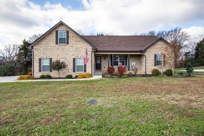 Ashland City Single Family Home For Sale: 1086 Everwood Dr