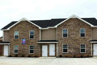 Christian County, Ky, Todd County, Ky, Montgomery County Rental For Rent: 2279 -B McCormick Lane