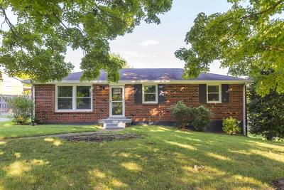 Nashville Single Family Home For Sale: 1924 Berkshire Dr
